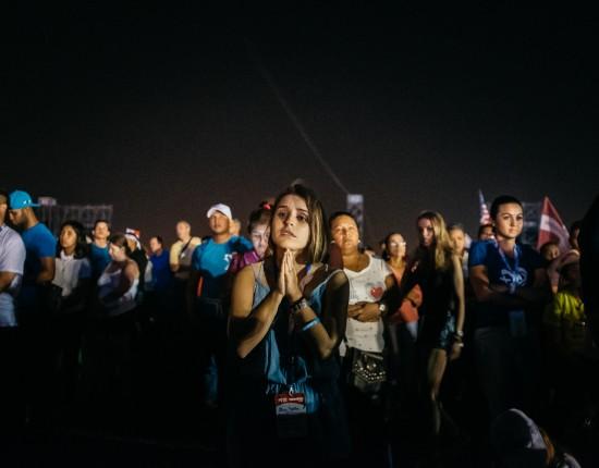 26 janvier 2019: Journées mondiales de la jeunesse. Jeunes écoutant le discours du pape François au ampo San Juan Paul 2 (Saint Jean Paul 2). Panama. January 26, 2019: World Youth Days. Young people listening to the speech of Pope Francis at ampo San Juan Paul 2 (St. John Paul 2). Panama.